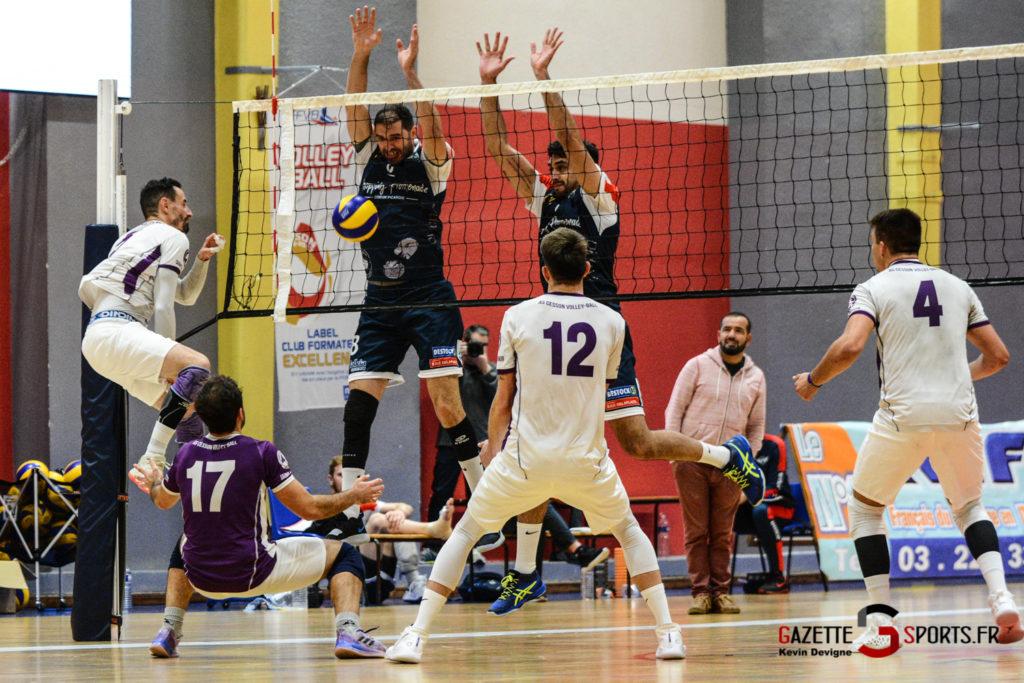 Volley Ball Amvb Vs As Cesson Saint Brieuc Kevin Devigne Gazettesports 50