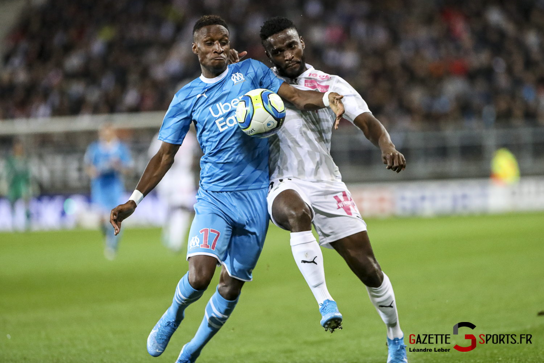 Football Ligue 1 Amiens Sc Vs Marseille Stiven Mendoza 0002 Leandre Leber Gazettesports