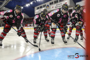 Hockey Sur Glace Les Gothiques Amiens Vs Grenoble Bruleurs De Loups 0006 Leandre Leber Gazettesports