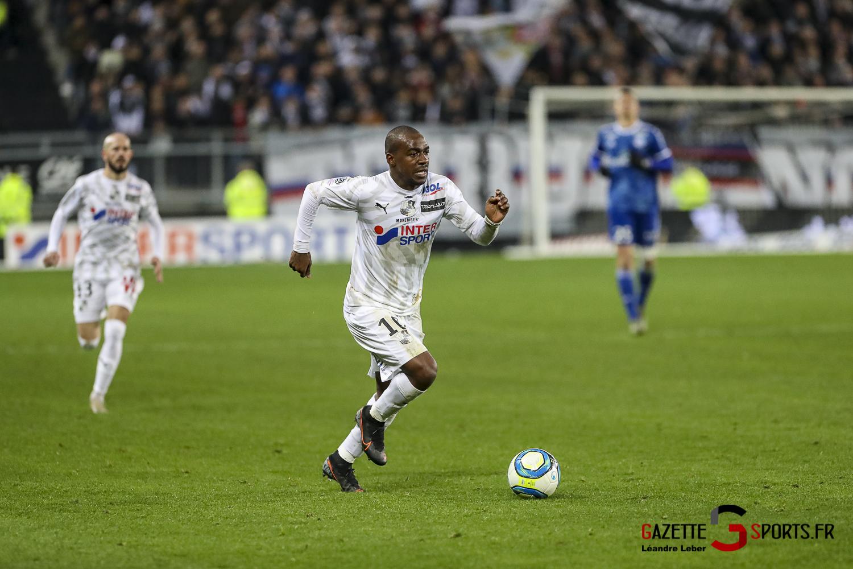 Amiens Sc Vs Strasbourg Ligue 1 Gael Kakuta 0005 Leandre Leber Gazettesports