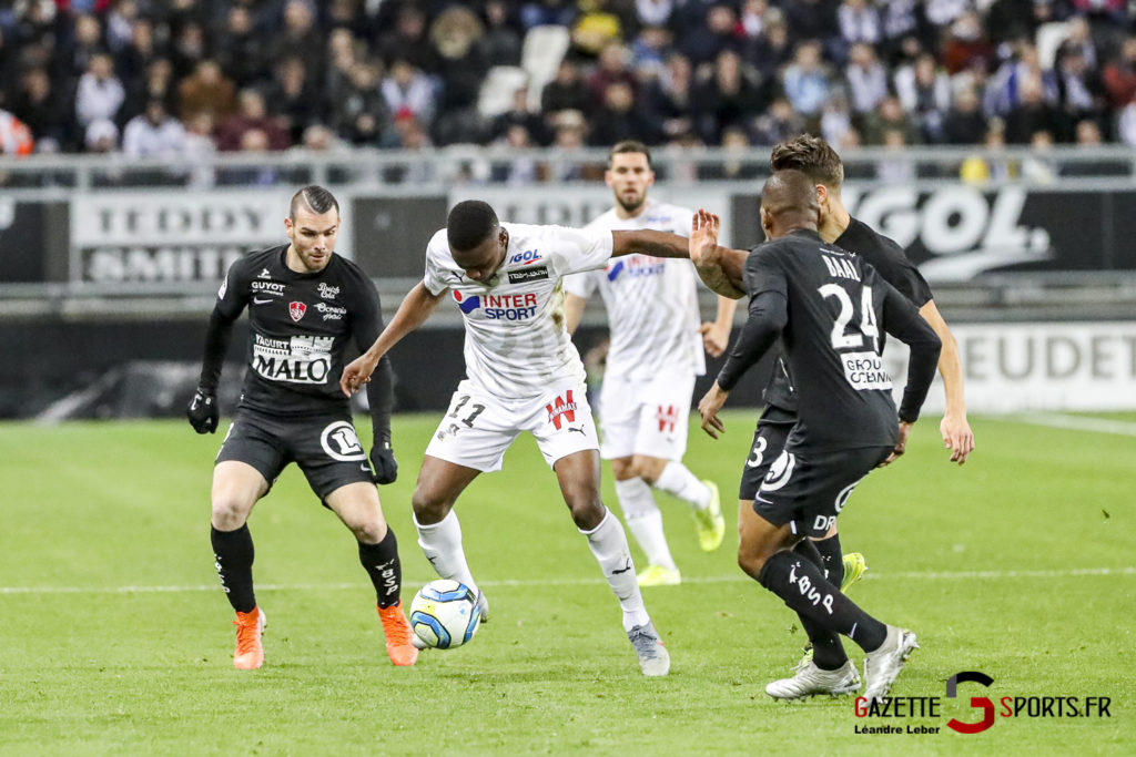 Ligue 1 Football Amiens Vs Brest 0012 Leandre Leber Gazettesports