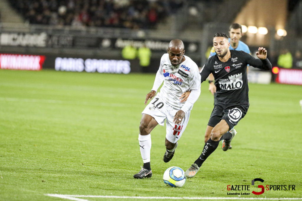 Ligue 1 Football Amiens Vs Brest Gael Kakuta 0001 Leandre Leber Gazettesports