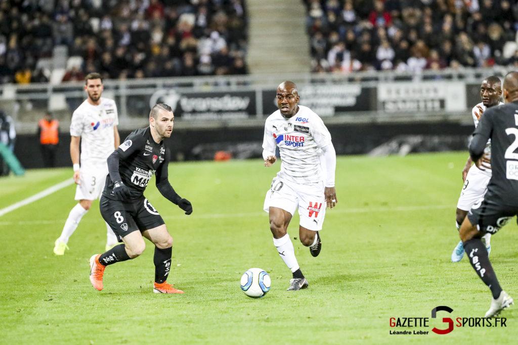 Ligue 1 Football Amiens Vs Brest Gael Kakuta 0003 Leandre Leber Gazettesports