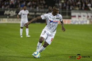 Ligue 1 Football Amiens Vs Brest Guirrassy 0002 Leandre Leber Gazettesports