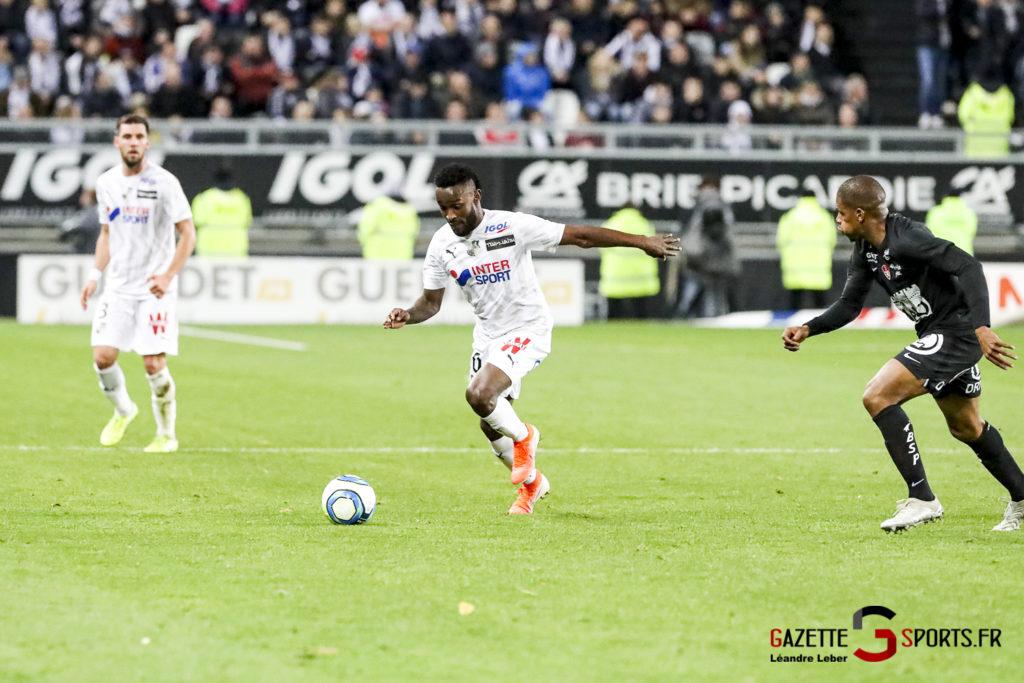 Ligue 1 Football Amiens Vs Brest Stiven Mendoza 0005 Leandre Leber Gazettesports
