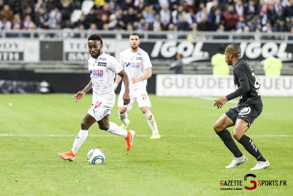 Ligue 1 Football Amiens Vs Brest Stiven Mendoza 0006 Leandre Leber Gazettesports