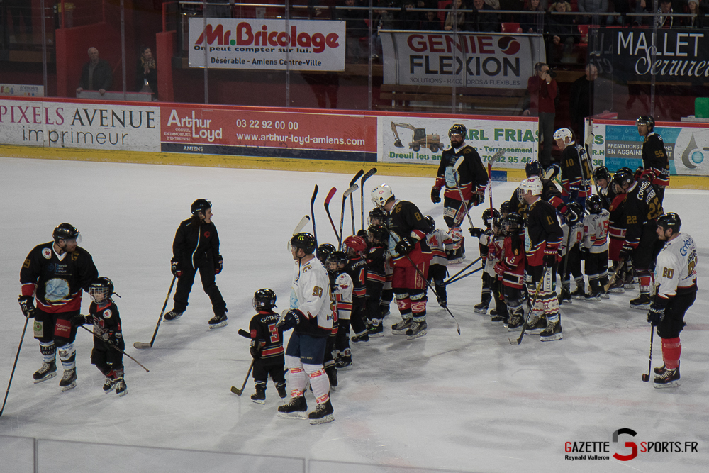 Hockey Sur Glace Avant Match (reynald Valleron) (1)