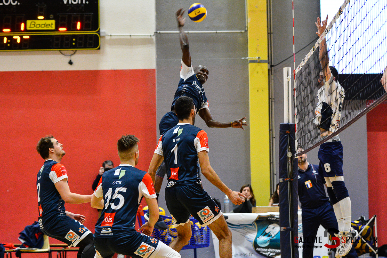 Volley Ball Amvb Vs Conflans Kevin Devigne Gazettesports 53