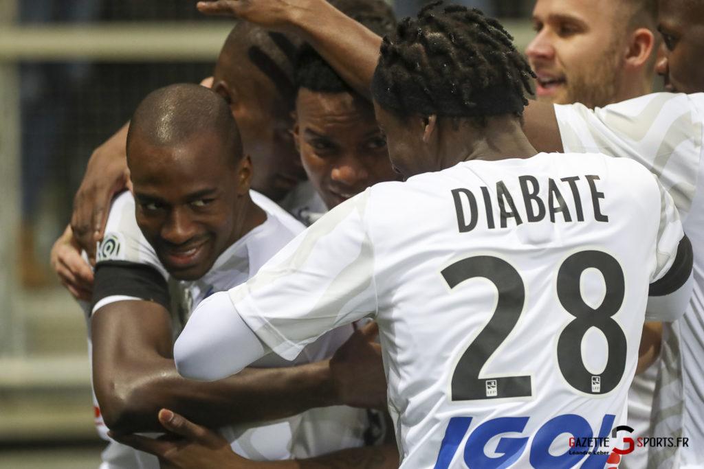 Football Ligue 1 Amiens Sc Vs Psg 0018 Leandre Leber Gazettesports