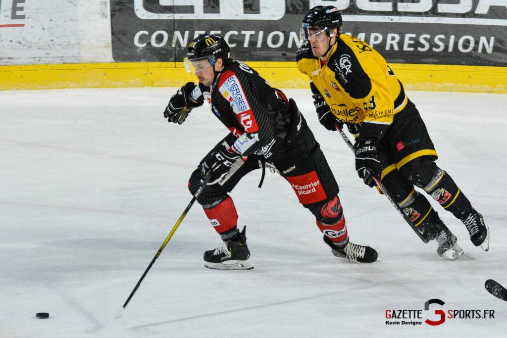 Hockeysurglace Gothiques Vs Nice Kevin Devigne Gazettesports 16