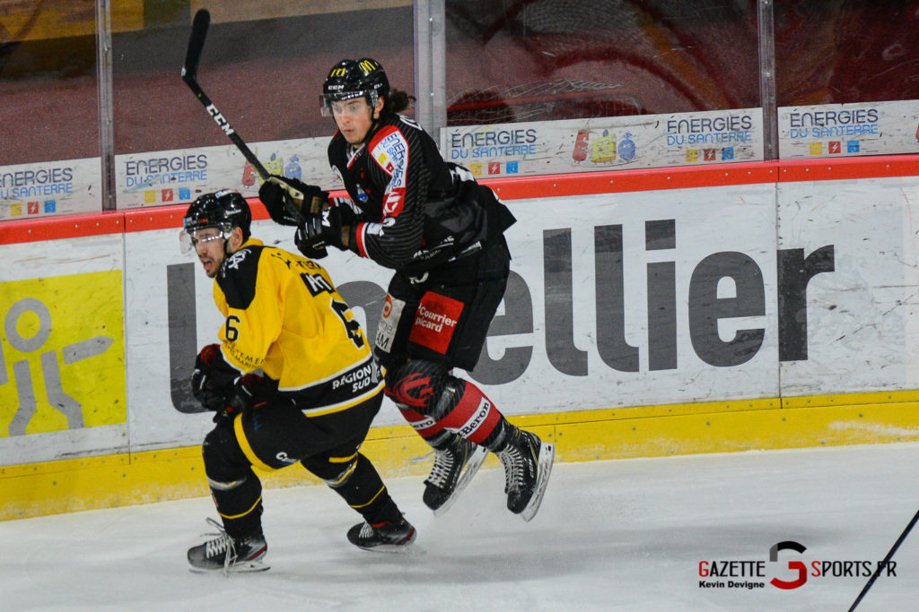 Hockeysurglace Gothiques Vs Nice Kevin Devigne Gazettesports 17