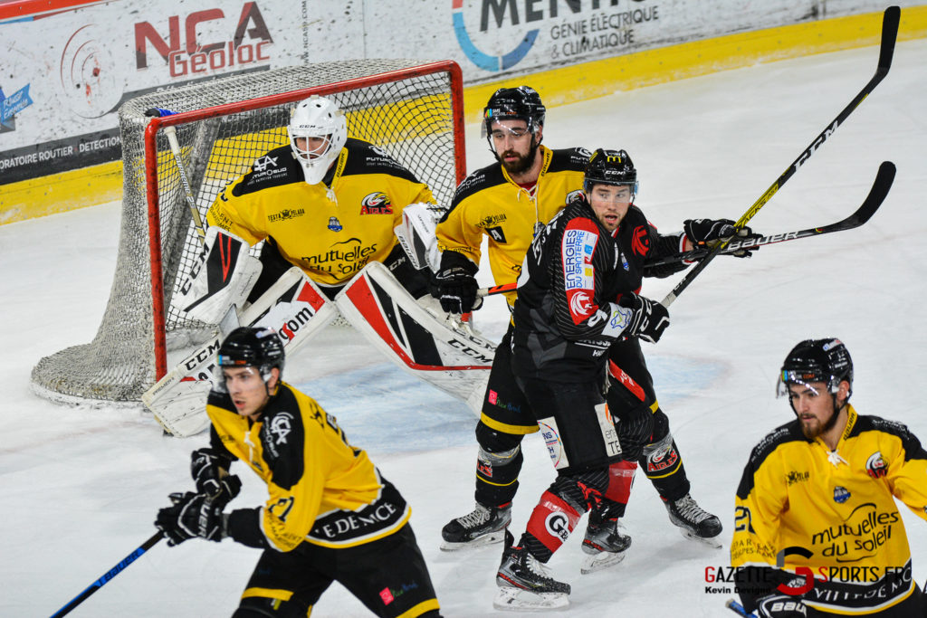 Hockeysurglace Gothiques Vs Nice Kevin Devigne Gazettesports 21