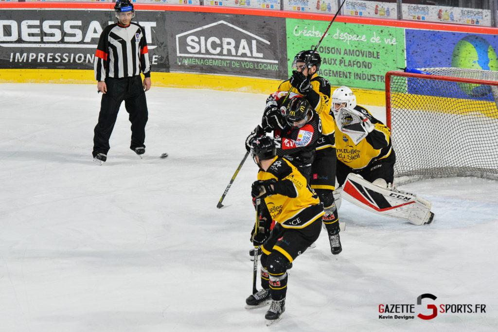 Hockeysurglace Gothiques Vs Nice Kevin Devigne Gazettesports 57