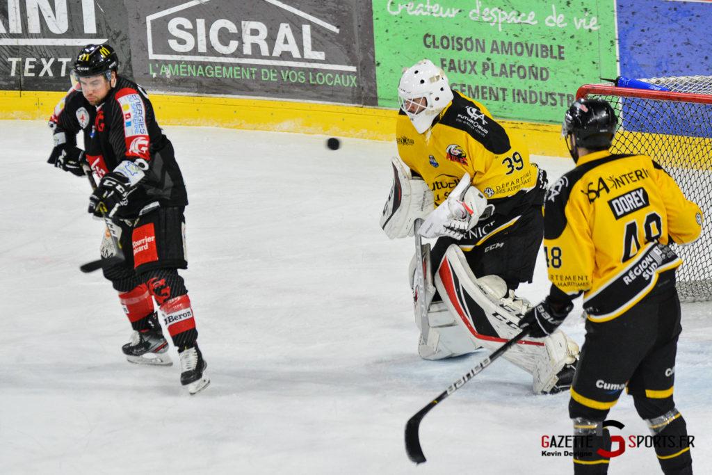 Hockeysurglace Gothiques Vs Nice Kevin Devigne Gazettesports 59