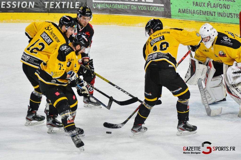 Hockeysurglace Gothiques Vs Nice Kevin Devigne Gazettesports 60