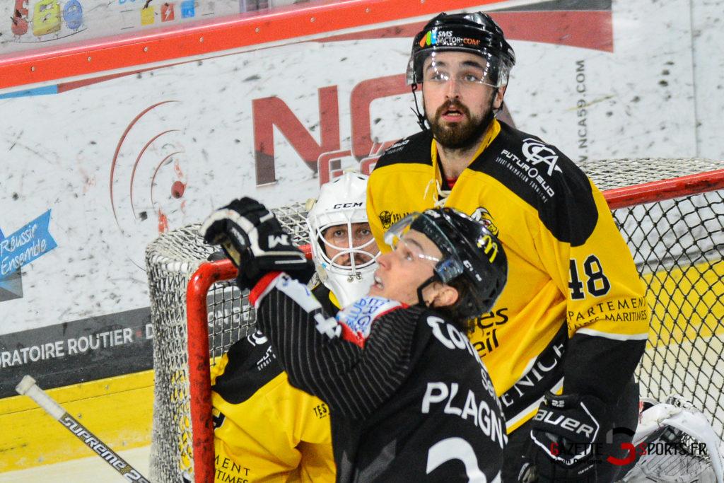 Hockeysurglace Gothiques Vs Nice Kevin Devigne Gazettesports 63