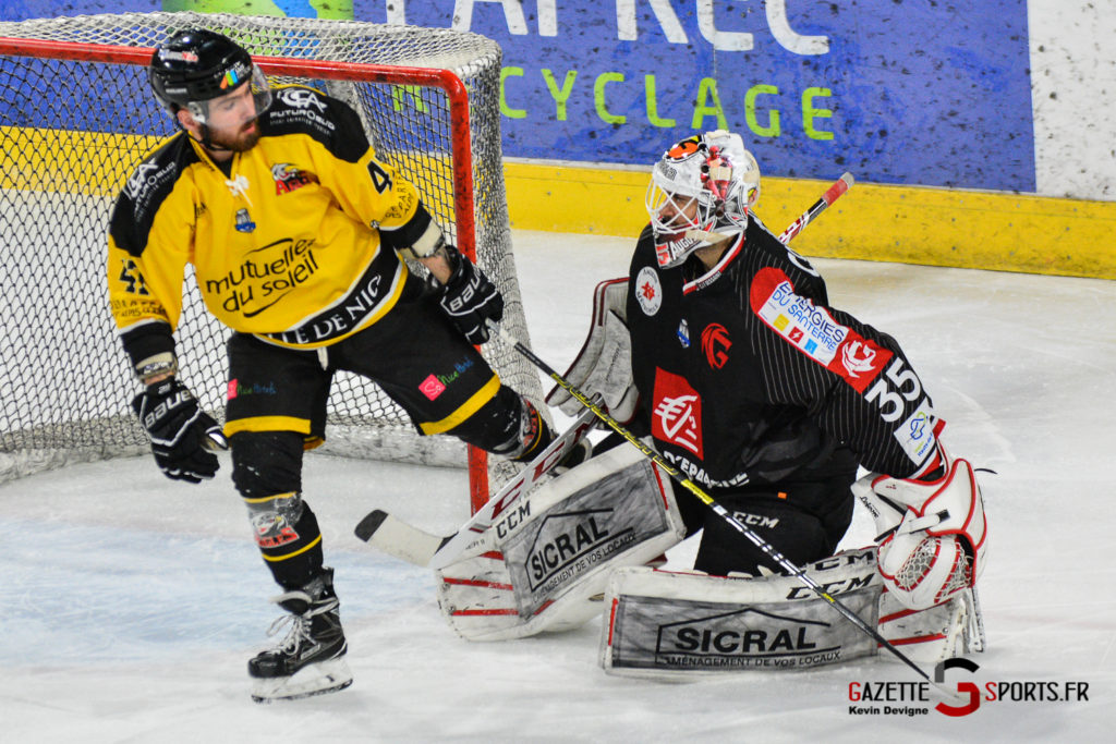 Hockeysurglace Gothiques Vs Nice Kevin Devigne Gazettesports 69