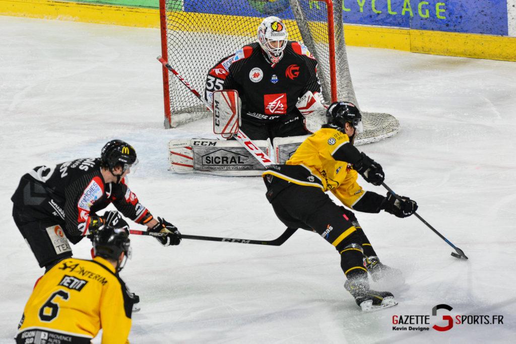 Hockeysurglace Gothiques Vs Nice Kevin Devigne Gazettesports 71