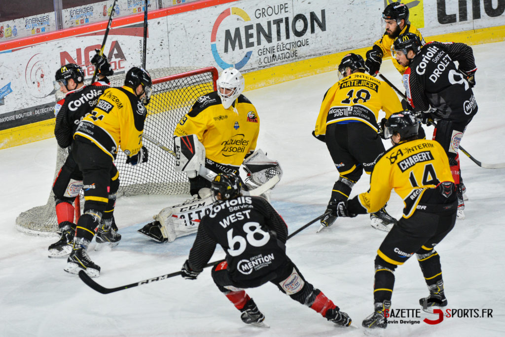 Hockeysurglace Gothiques Vs Nice Kevin Devigne Gazettesports 8