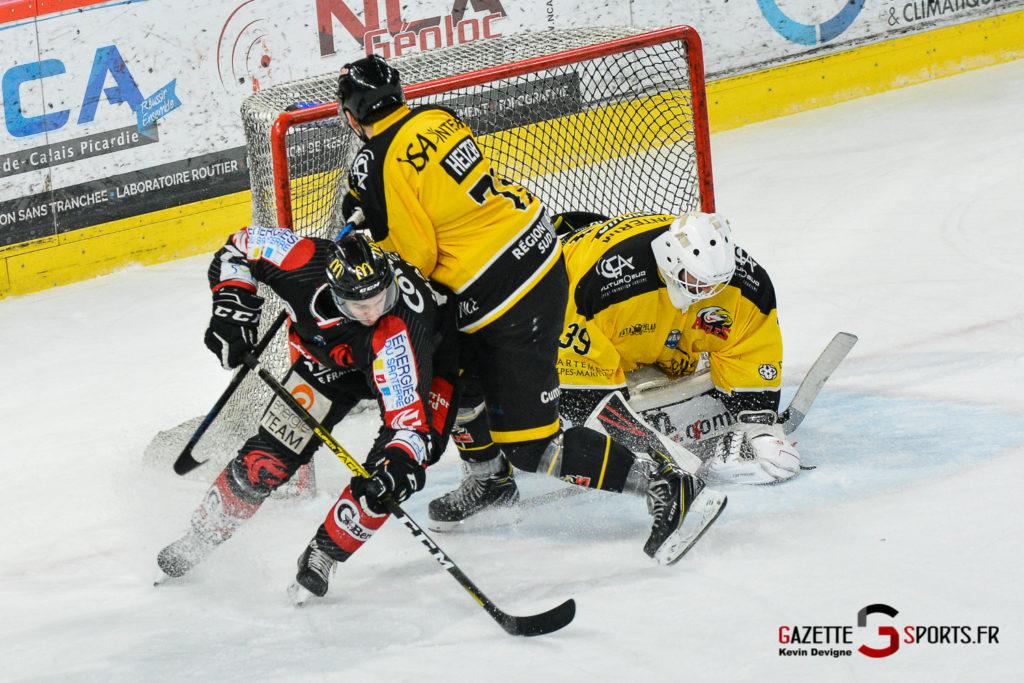 Hockeysurglace Gothiques Vs Nice Kevin Devigne Gazettesports 85