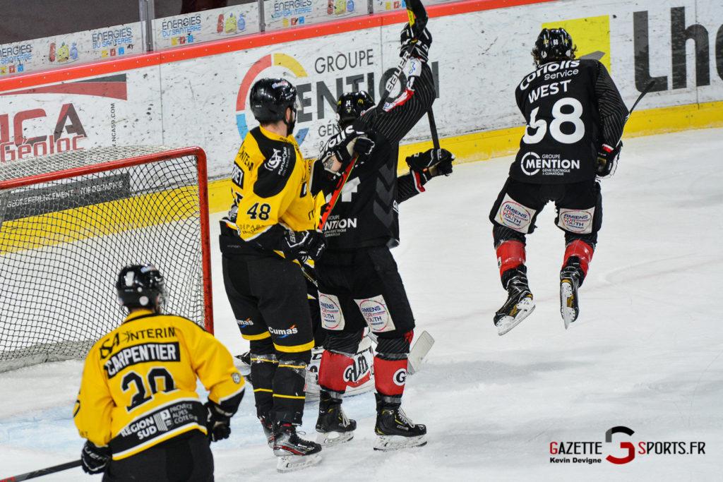 Hockeysurglace Gothiques Vs Nice Kevin Devigne Gazettesports 89