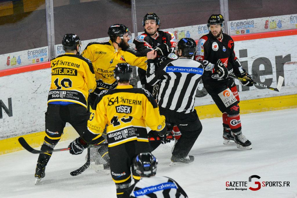 Hockeysurglace Gothiques Vs Nice Kevin Devigne Gazettesports 92