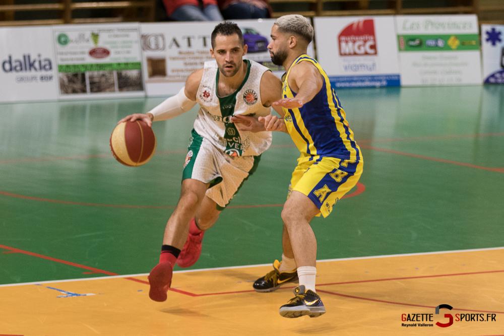 Baskettball Esclams Vs Poissy Reynald Valleron 46 26