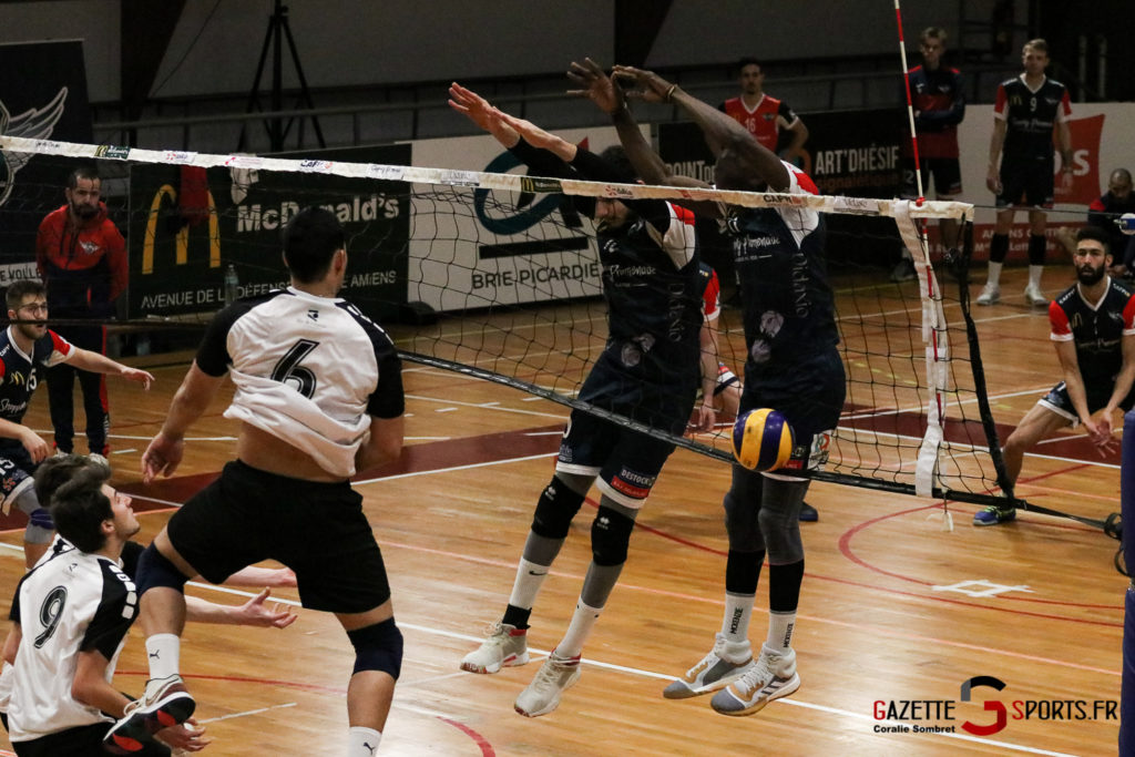 Volley Ball Amvb Vs Rennes Gazettesports Coralie Sombret 7
