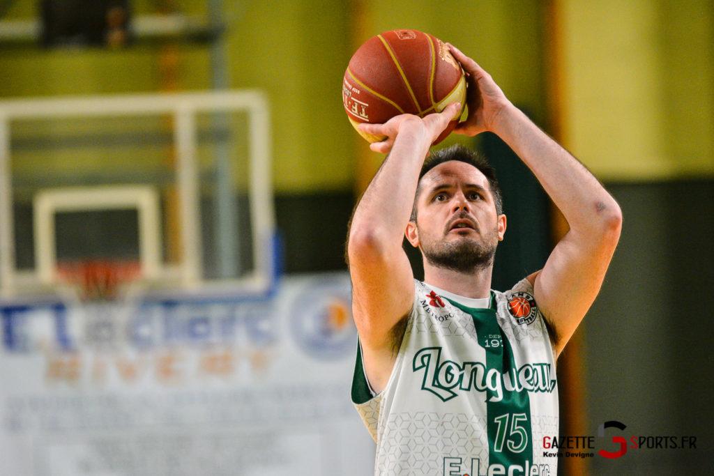 Basketball Esclams Vs Cergy Kevin Devigne Gazettesports 101