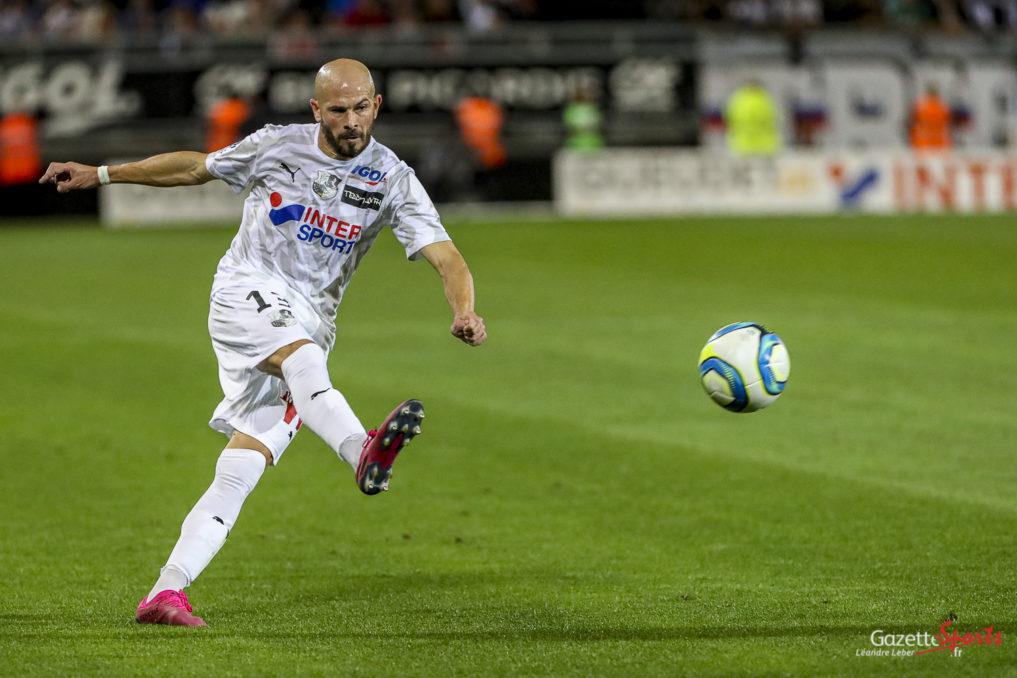 Football Ligue 1 Amiens Asc Vs Lyon Ol Christophe Jallet 0002 Leandre Leber Gazettesports 1017x678