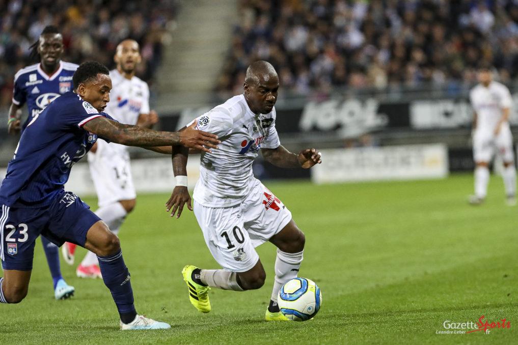Football Ligue 1 Amiens Asc Vs Lyon Ol Gael Kakuta 0010 Leandre Leber Gazettesports 1017x678