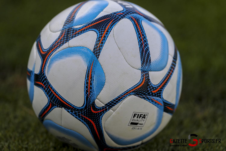 Football Amical Amiens Sc Vs Chambly Ballon Match 0003 Leandre Leber Gazettesports