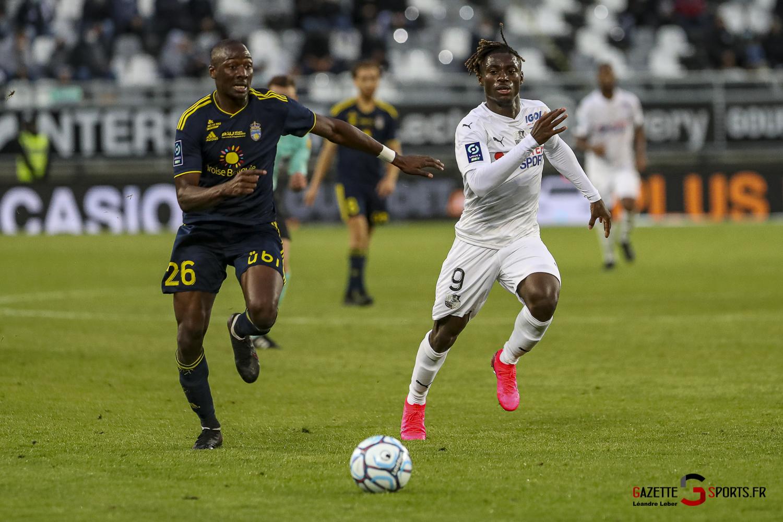 Ligue 2 Asc Amiens Vs Pau 0074 Leandre Leber Gazettesports