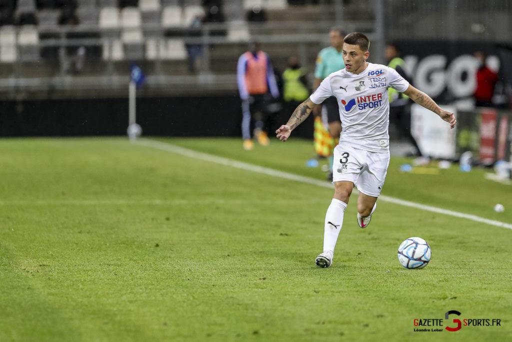 Ligue 2 Asc Amiens Vs Pau 0088 Leandre Leber Gazettesports