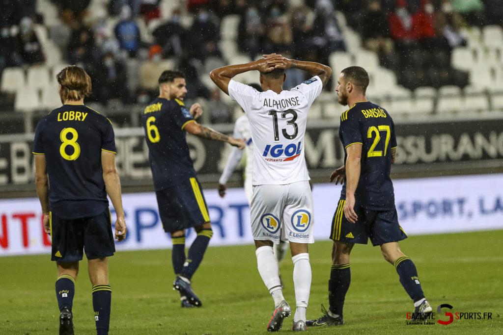 Ligue 2 Asc Amiens Vs Pau 0094 Leandre Leber Gazettesports
