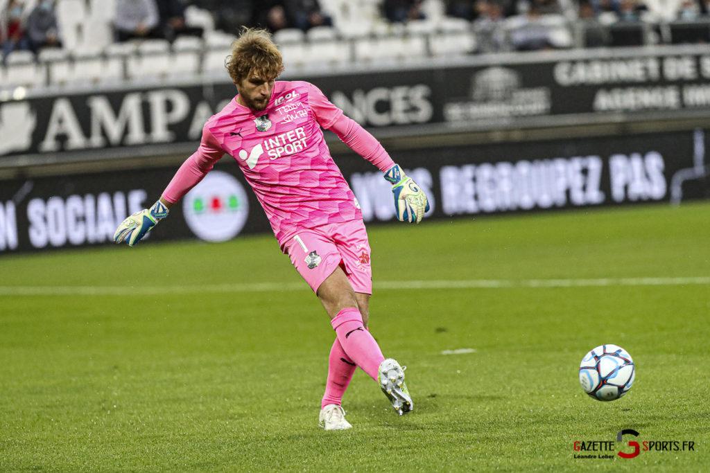 Football Ligue 2 Amiens Vs Grenoble 0002 Leandre Leber Gazettesports