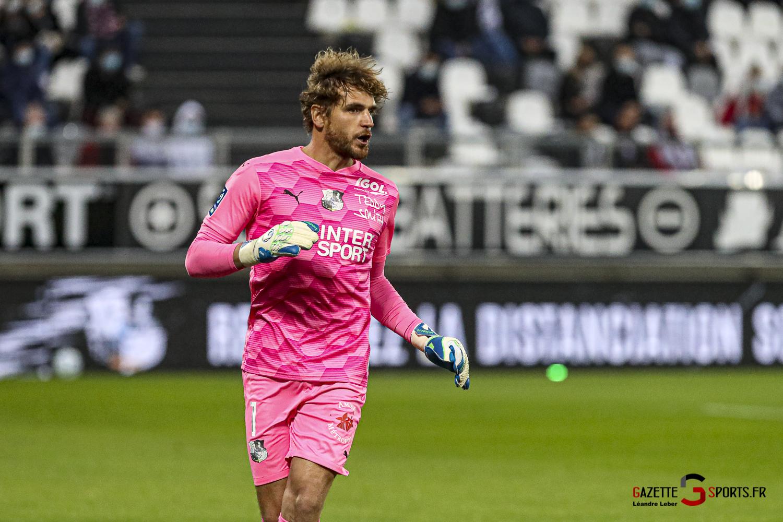 Football Ligue 2 Amiens Vs Grenoble 0005 Leandre Leber Gazettesports