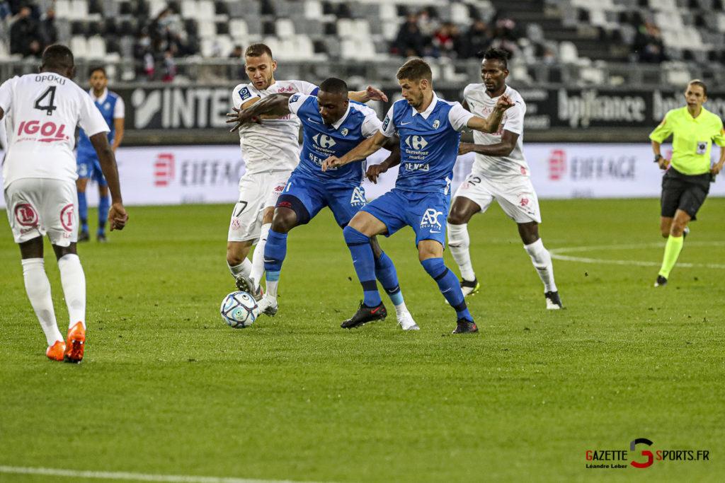 Football Ligue 2 Amiens Vs Grenoble 0007 Leandre Leber Gazettesports