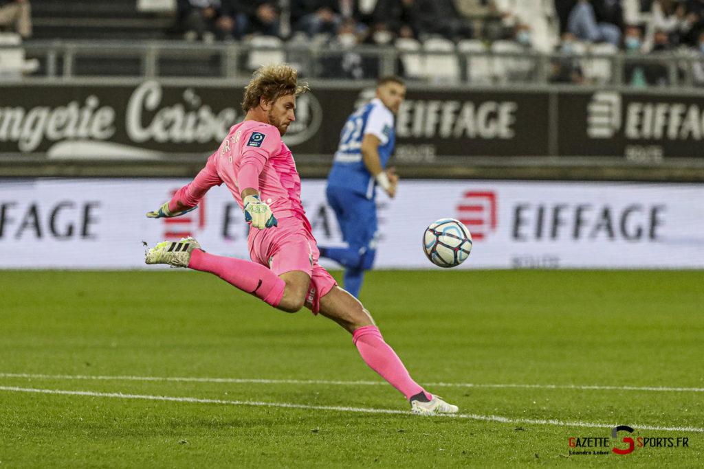 Football Ligue 2 Amiens Vs Grenoble 0008 Leandre Leber Gazettesports
