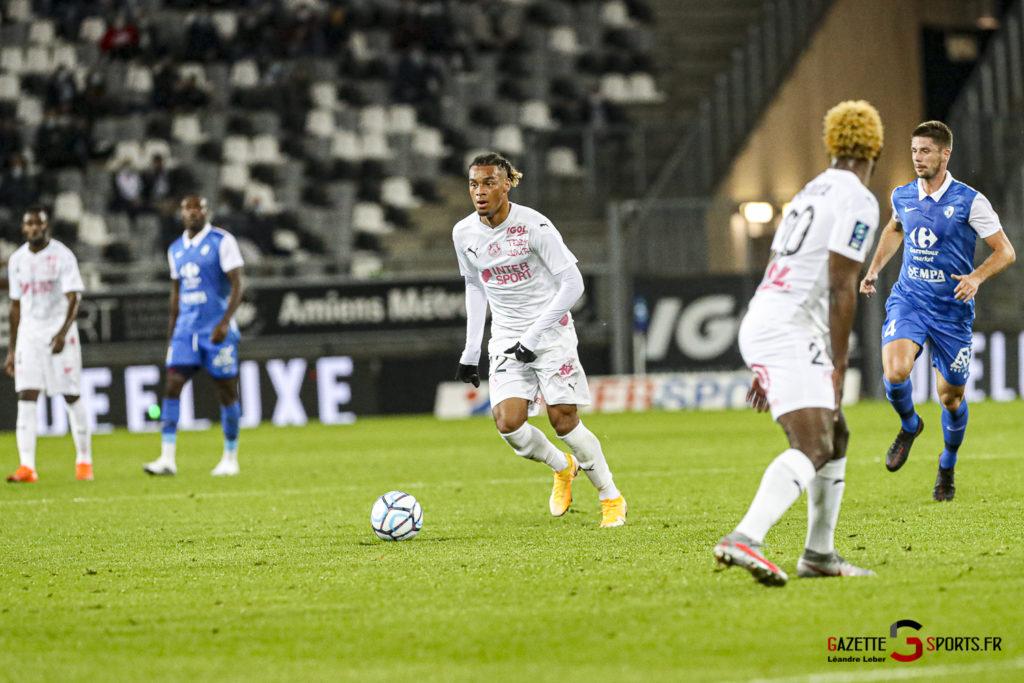 Football Ligue 2 Amiens Vs Grenoble 0017 Leandre Leber Gazettesports