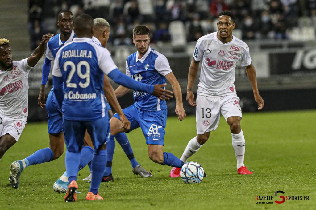 Football Ligue 2 Amiens Vs Grenoble 0020 Leandre Leber Gazettesports
