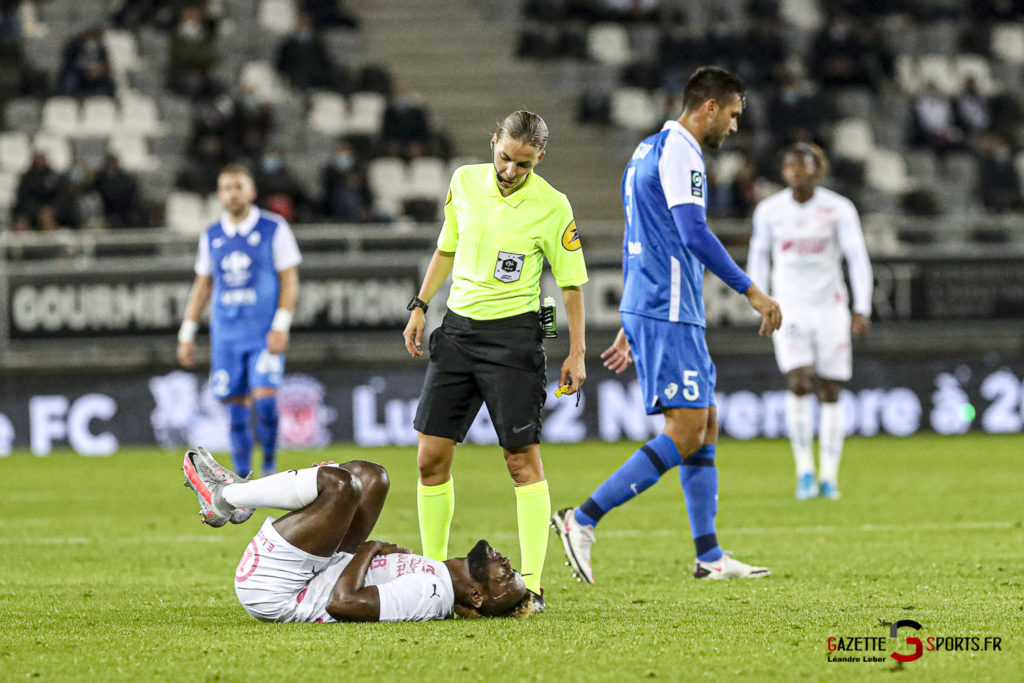 Football Ligue 2 Amiens Vs Grenoble 0022 Leandre Leber Gazettesports