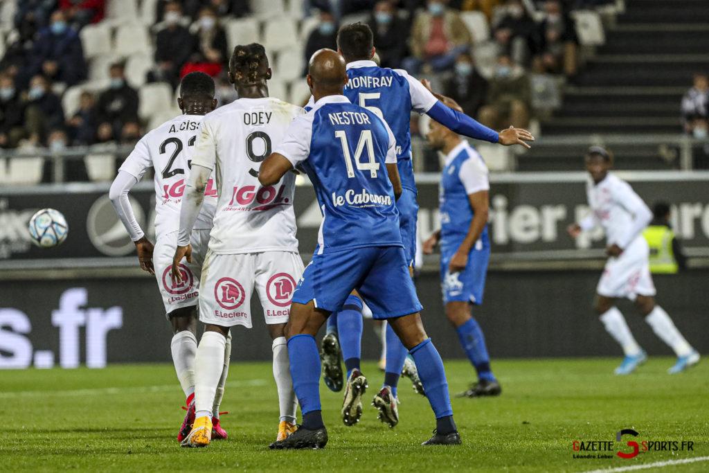 Football Ligue 2 Amiens Vs Grenoble 0028 Leandre Leber Gazettesports