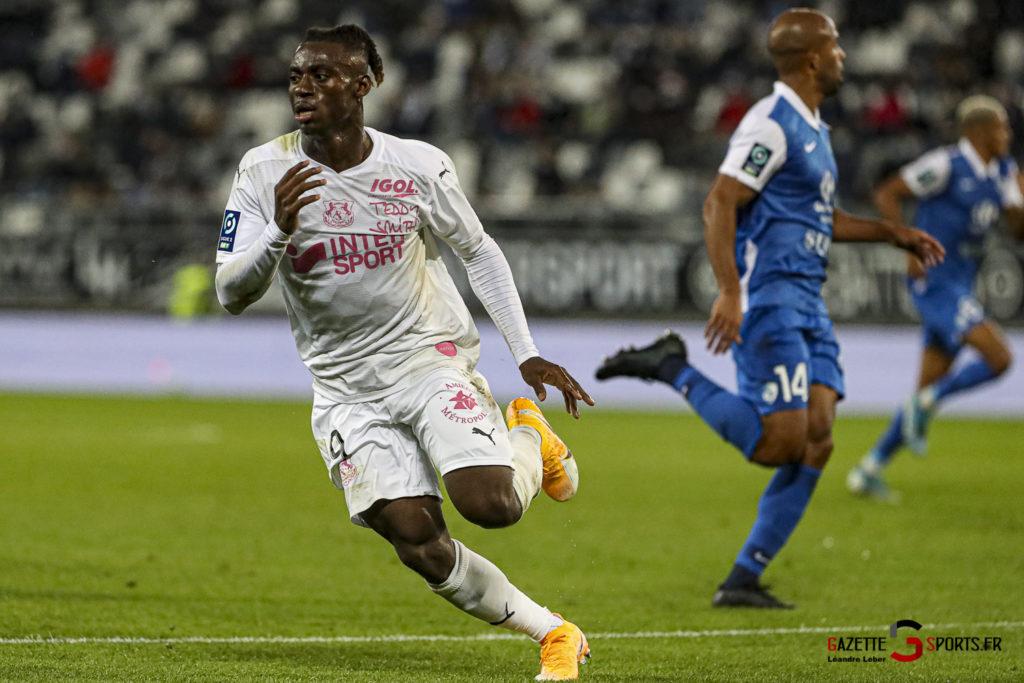 Football Ligue 2 Amiens Vs Grenoble 0037 Leandre Leber Gazettesports
