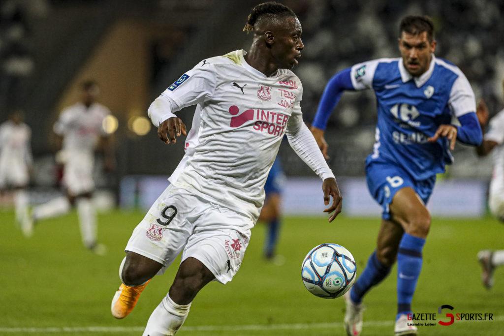 Football Ligue 2 Amiens Vs Grenoble 0038 Leandre Leber Gazettesports