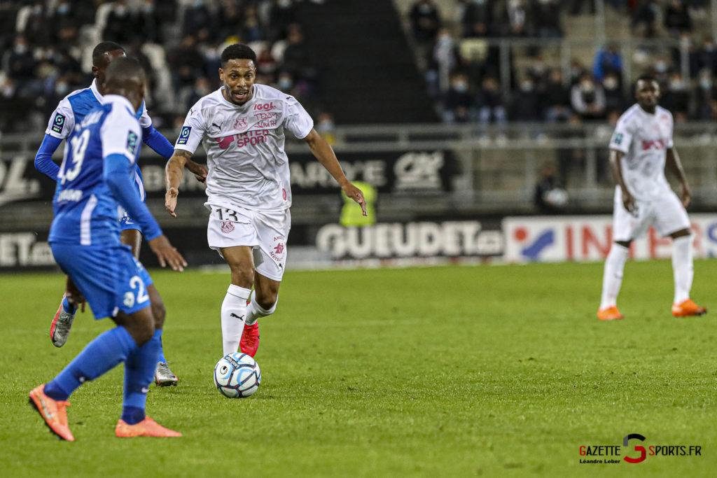 Football Ligue 2 Amiens Vs Grenoble 0041 Leandre Leber Gazettesports