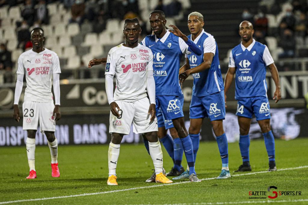 Football Ligue 2 Amiens Vs Grenoble 0045 Leandre Leber Gazettesports