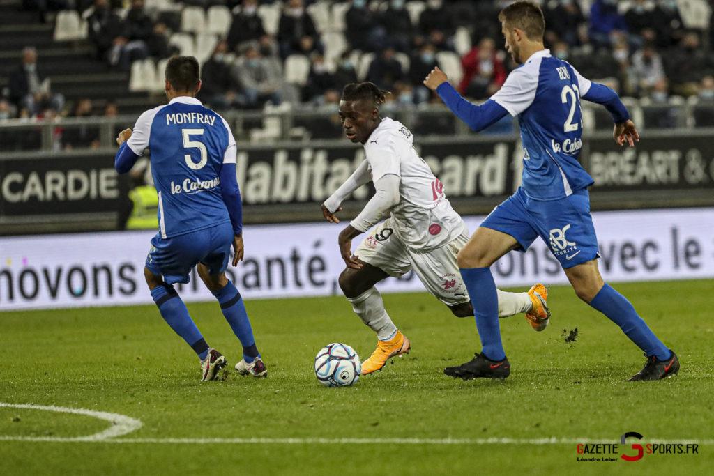 Football Ligue 2 Amiens Vs Grenoble 0051 Leandre Leber Gazettesports