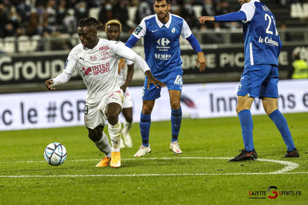 Football Ligue 2 Amiens Vs Grenoble 0052 Leandre Leber Gazettesports