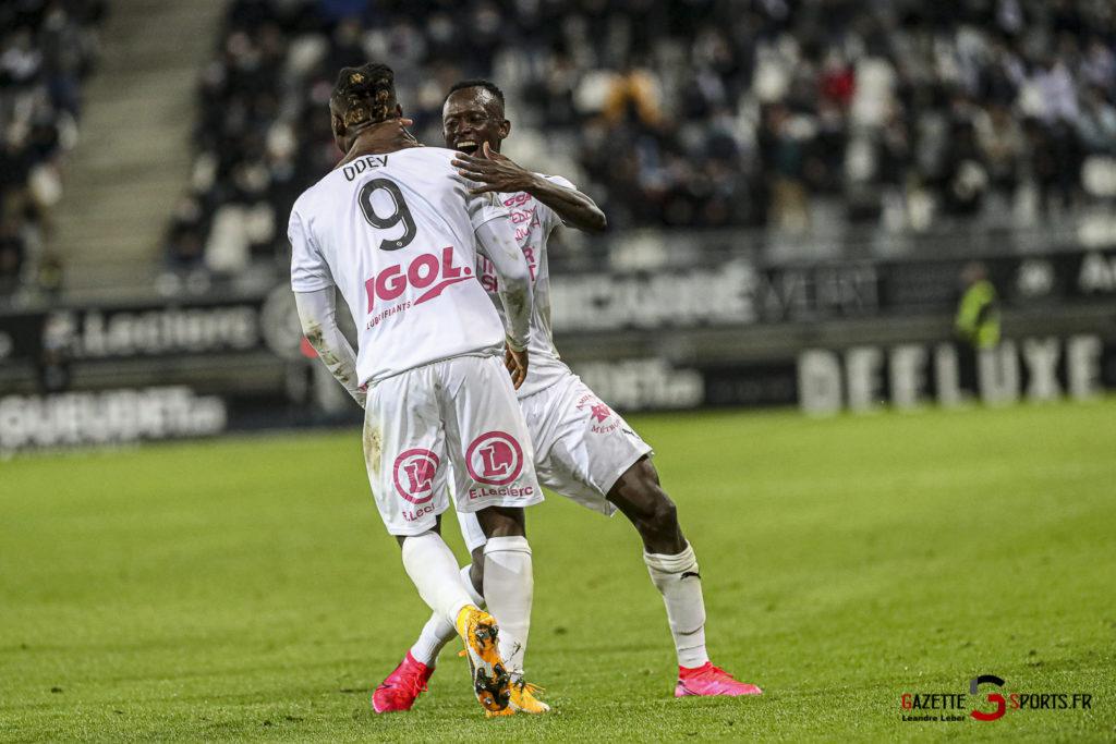 Football Ligue 2 Amiens Vs Grenoble 0061 Leandre Leber Gazettesports